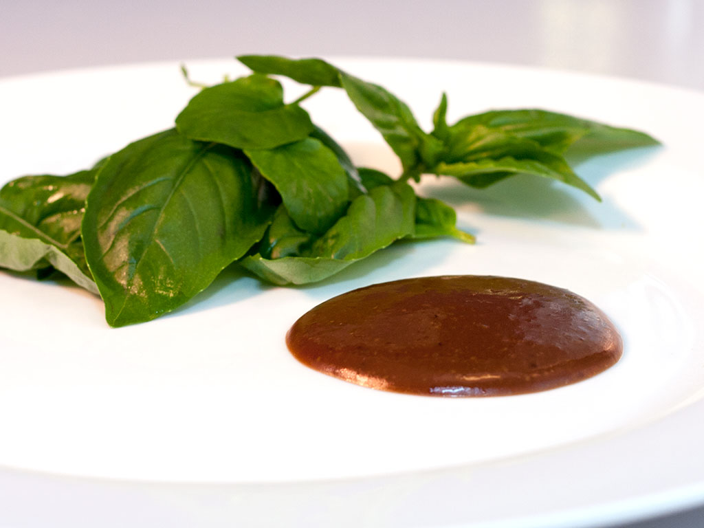 Balsamic Honey Vinaigrette | ContraryCook.com