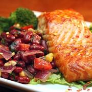 Salmon with Kidney Bean Salsa | ContraryCook.com